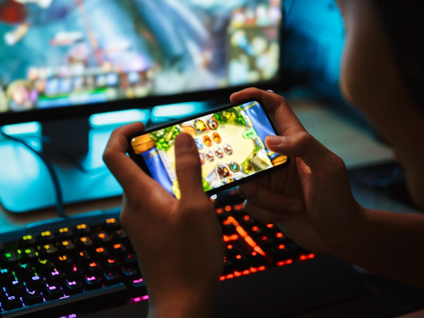 Advantages of Playing Free Online Games over Video Gaming
